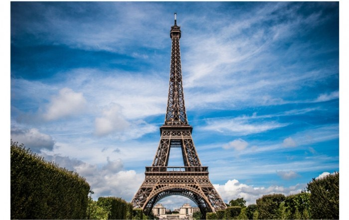 eiffel-tower-in-top-shape-for-130th-birthday-thanks-to-edgetech's-triseal